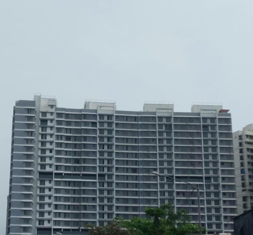 1BHK on 18th floor : 620 sq ft Built up Area 400 Carpet